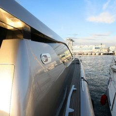 13-gallery-yacht